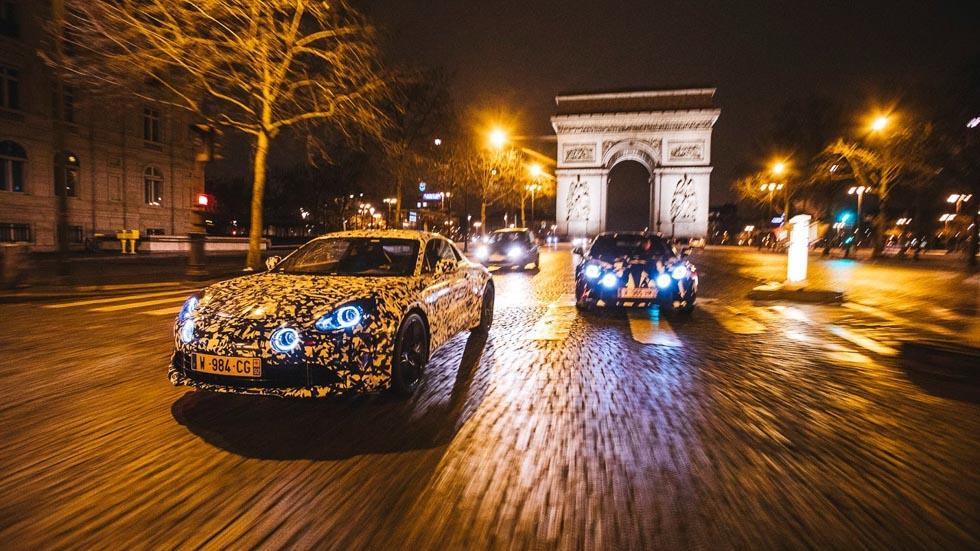El deportivo Alpine A120, a prueba por las calles de París
