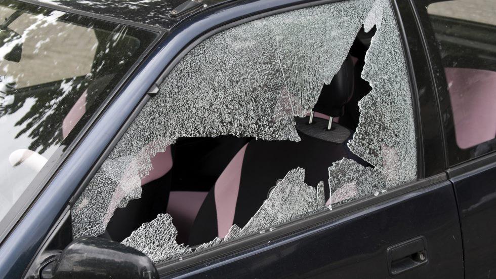 Detenido el ladrón del tenedor: abría coches y los robaba