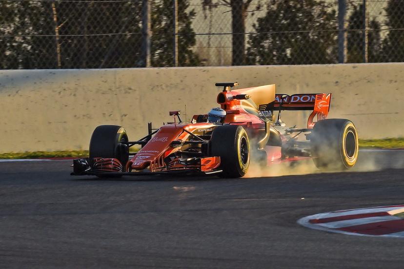 Alonso, por fin, sin problemas: dio 72 vueltas al Circuit