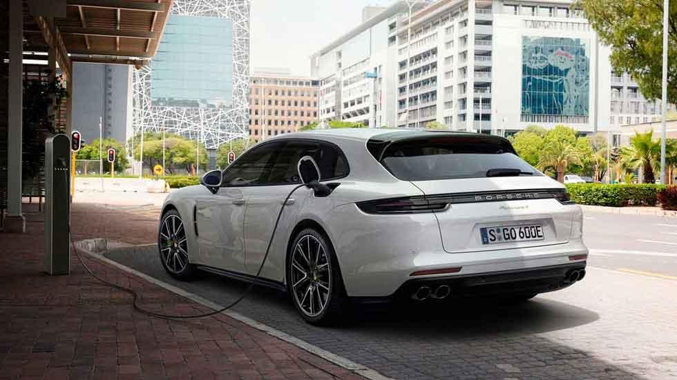 El nuevo Porsche Panamera Sport Turismo, en vídeo