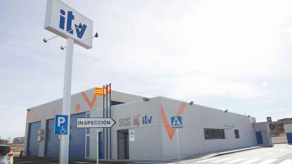 La DGT vigilará a los coches con la ITV caducada o denegada