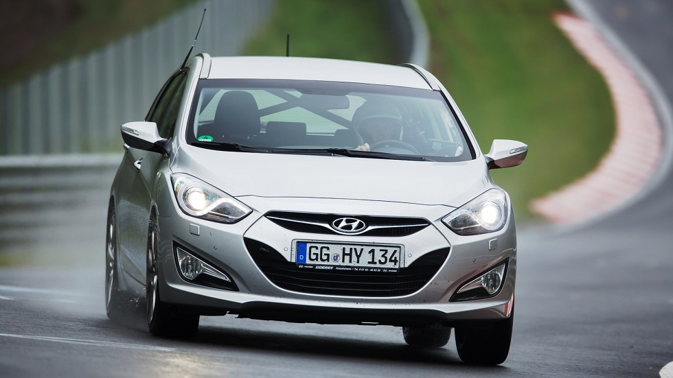 Hyundai i30 2017: así se puso a punto en Nürburgring el nuevo anti-Golf