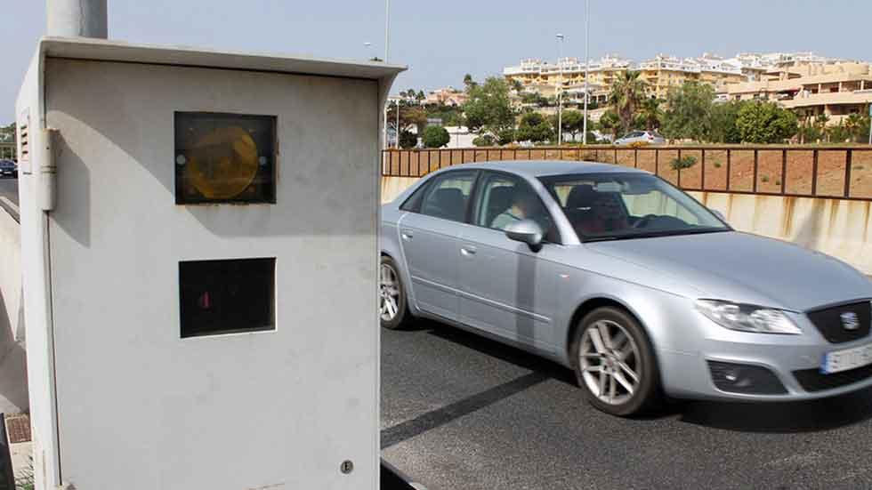 Récord de radares por kilómetro en España… y de recaudación