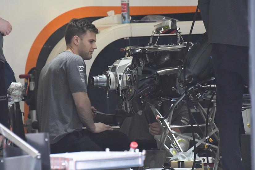 Gran Premio de China de F1: poca actividad en boxes
