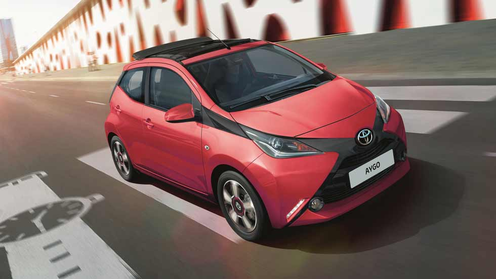 toyota aygo 2017 ahora con nuevas versiones x sky y x wave. Black Bedroom Furniture Sets. Home Design Ideas