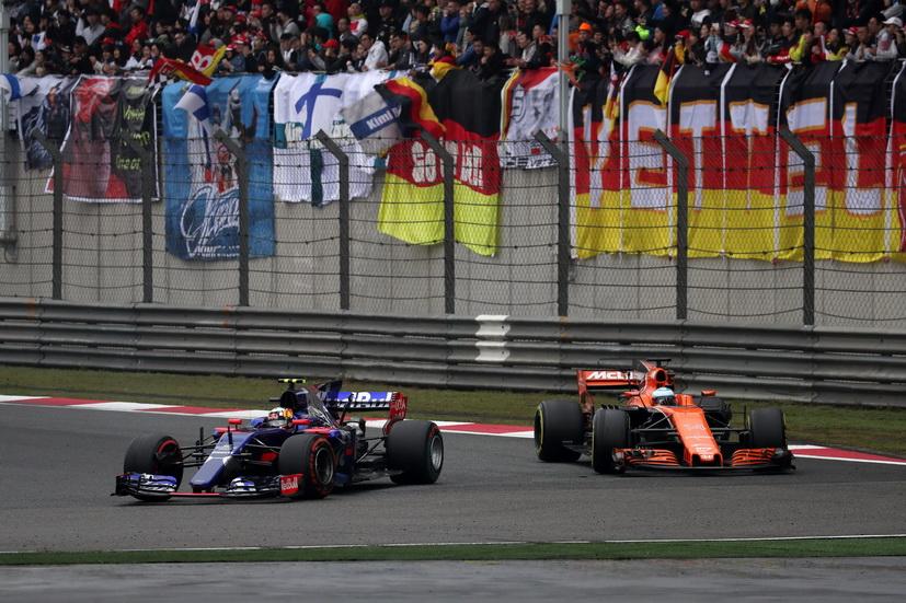 Gran Premio de China de F1: Flamante carrera la de Carlos Sainz