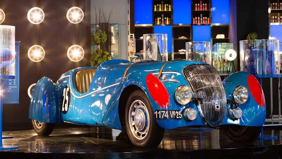 El emblemático Peugeot 402 cumple 75 años