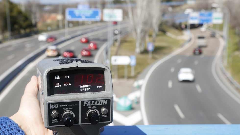 La DGT vuelve a aplicar mal el margen de error de velocidad de los radares