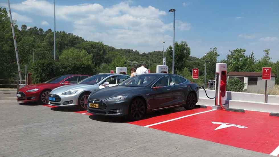 Todos los supercargadores de Tesla en España (gráfico)