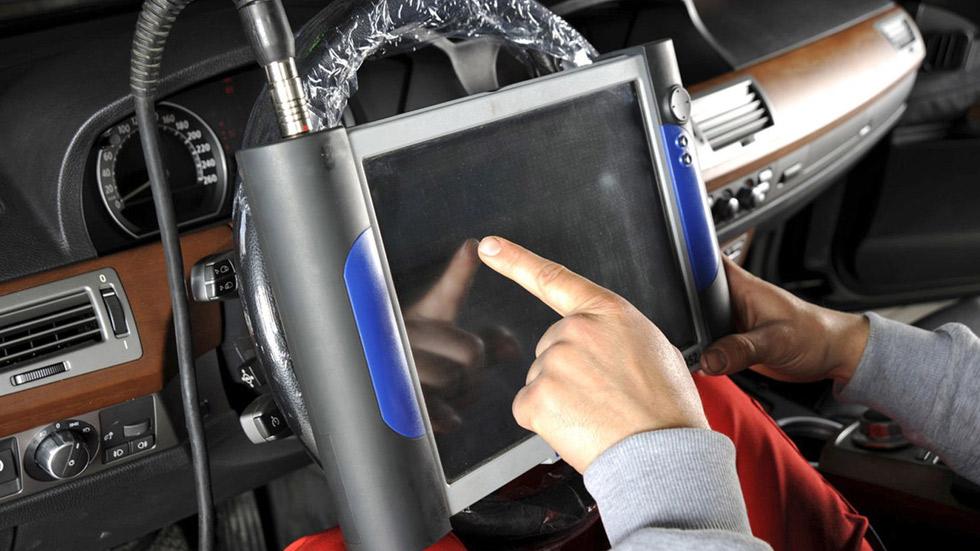 España, líder en piratería de equipos de diagnosis para coches: estos son los riesgos