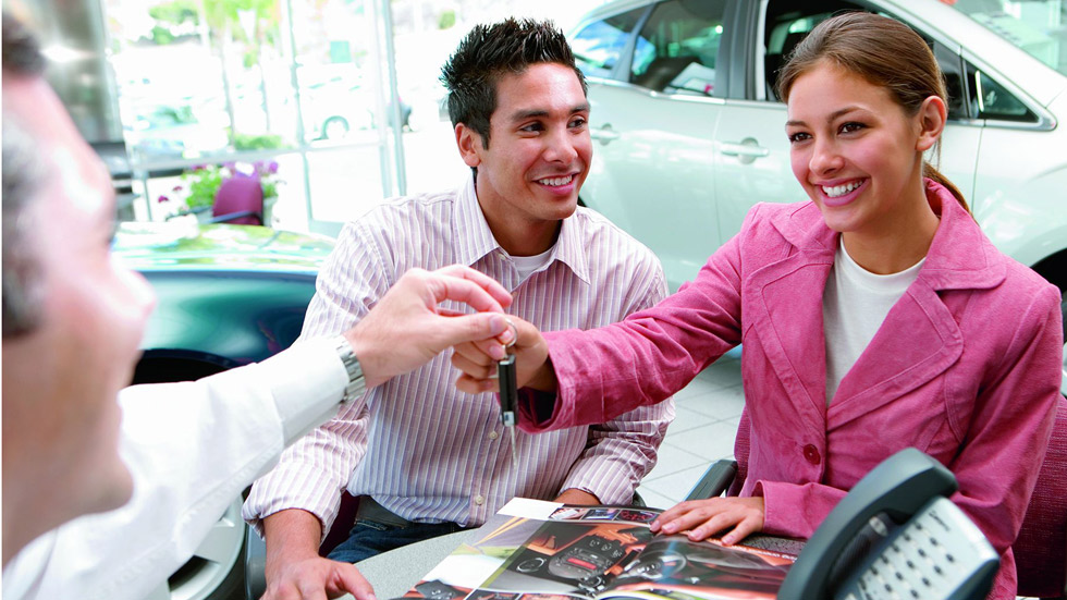 Las ventas de coches se ralentizan en abril