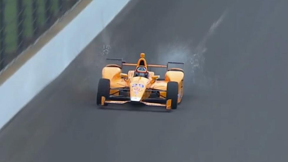 """Fernando Alonso, """"dos pájaros de un tiro"""" en Indianápolis (vídeo)"""