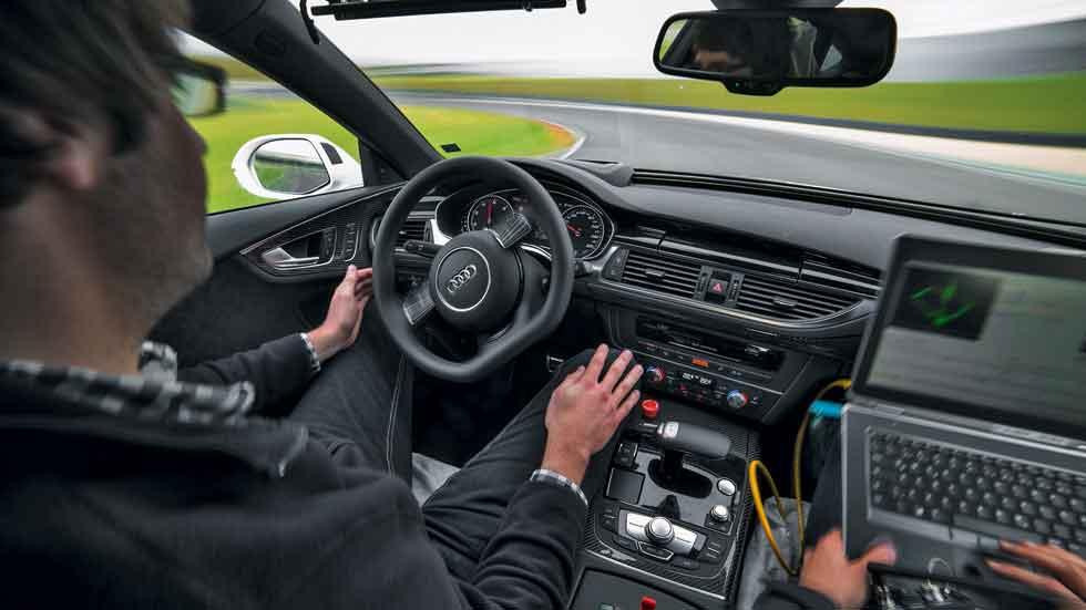 Los 6 niveles distintos de conducción autónoma: así son