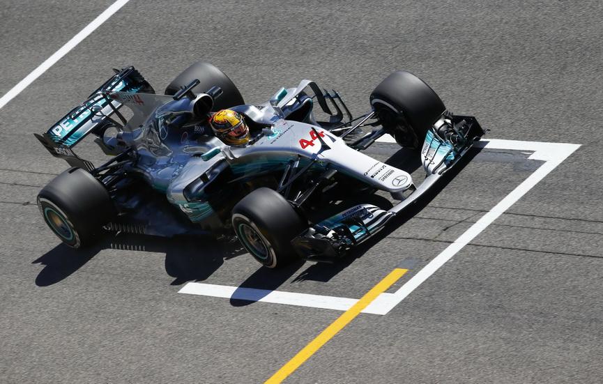 GP de España de F1: dominio de Mercedes y Alonso juega al pádel
