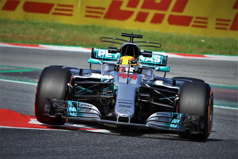 GP de España de F1: otra vez los Mercedes, Alonso pudo rodar