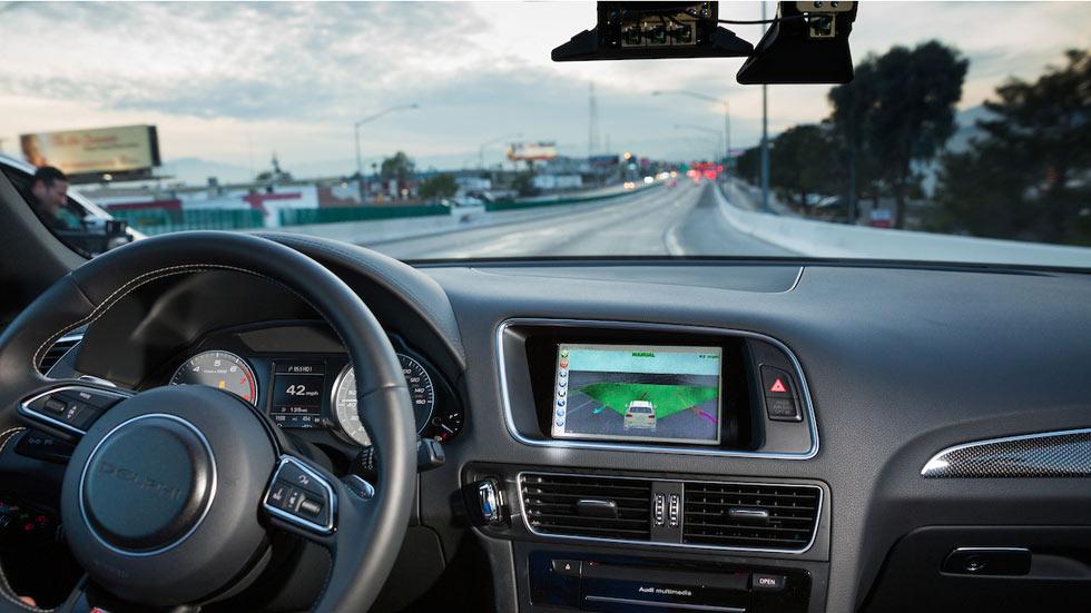 BMW acelera hacia el coche autónomo