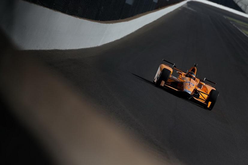 500 Millas de Indianápolis: Alonso fue otra vez cuarto