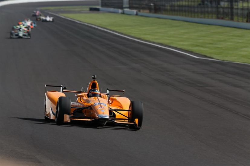 500 Millas de Indianapolis: Alonso luchará por la pole position