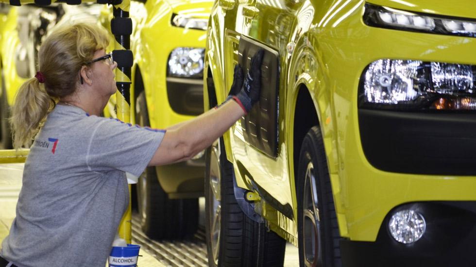 La producción de un nuevo coche asegura la viabilidad de PSA Madrid