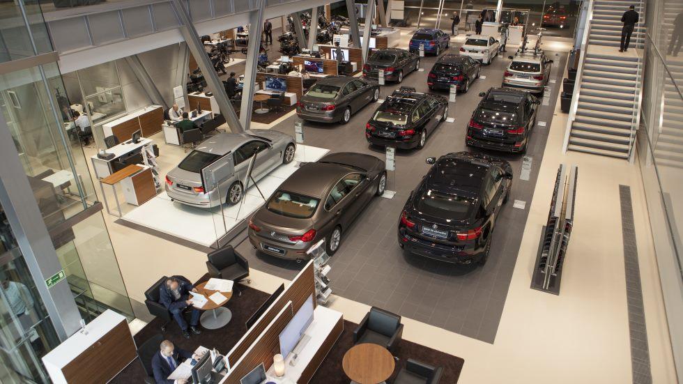 Las ventas de coches en España caerán en 2018 tras 5 años de subidas