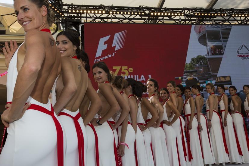 """GP de Mónaco de F1: desfile de las """"pit babies"""""""