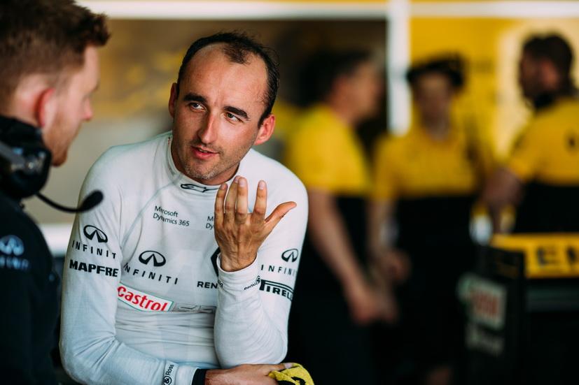 Robert Kubica vuelve a pilotar un F1