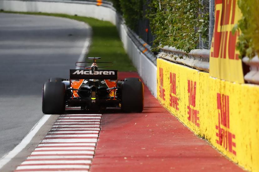 GP de Canadá de F1: Alonso tocó dos veces el muro