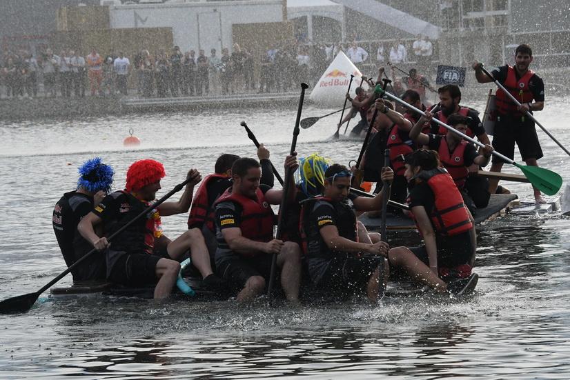 [Imagen: article-gp-canada-carrera-barcas-mclaren...9e827d.jpg]