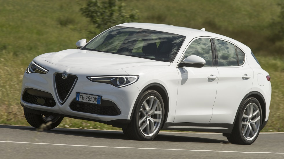 alfa stelvio 2 0 q4 superprueba al suv con todas las mediciones. Black Bedroom Furniture Sets. Home Design Ideas