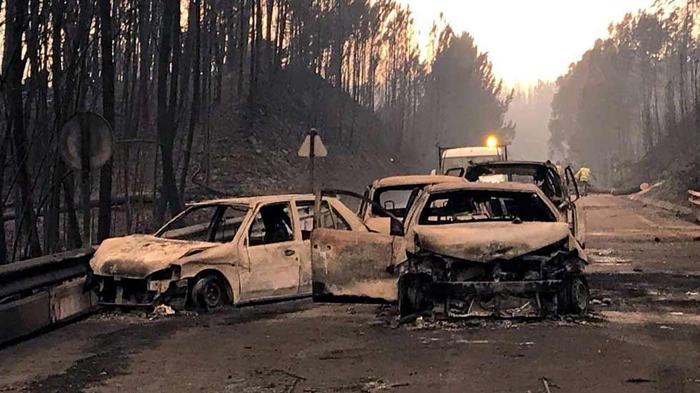 Cómo escapar de un incendio forestal si vas en un coche