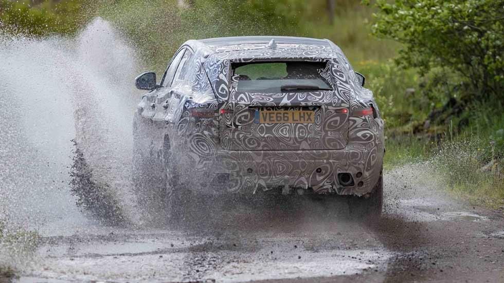 El SUV Jaguar E-Pace, a prueba en las condiciones más extremas (vídeo y fotos)