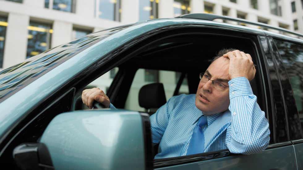 ¡Alerta! Más de la mitad de conductores reconoce no parar con somnolencia