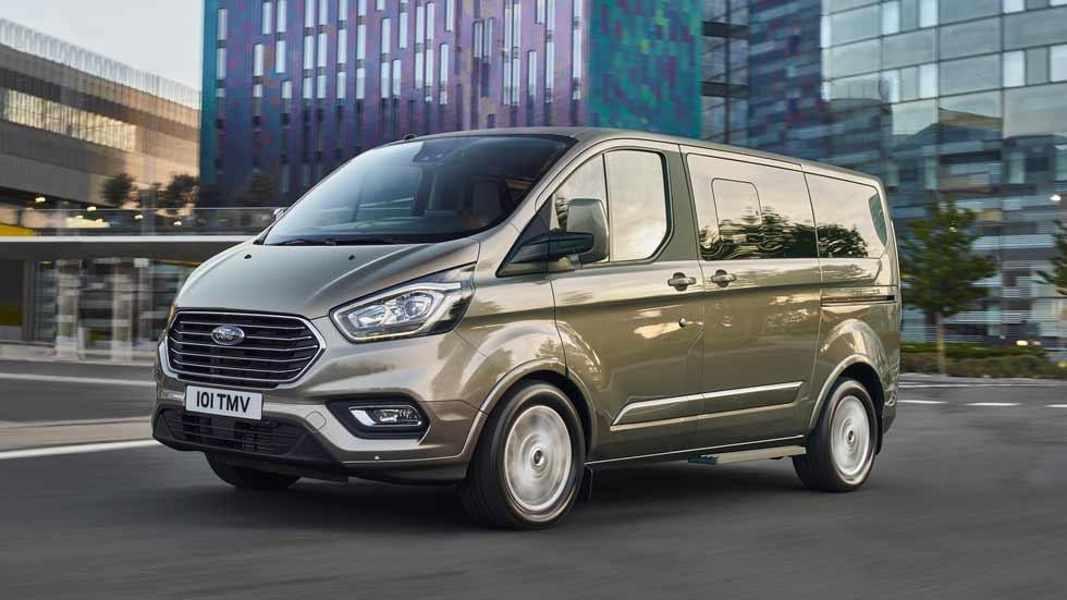 Ford Tourneo Custom, transporte de lujo hasta nueve plazas