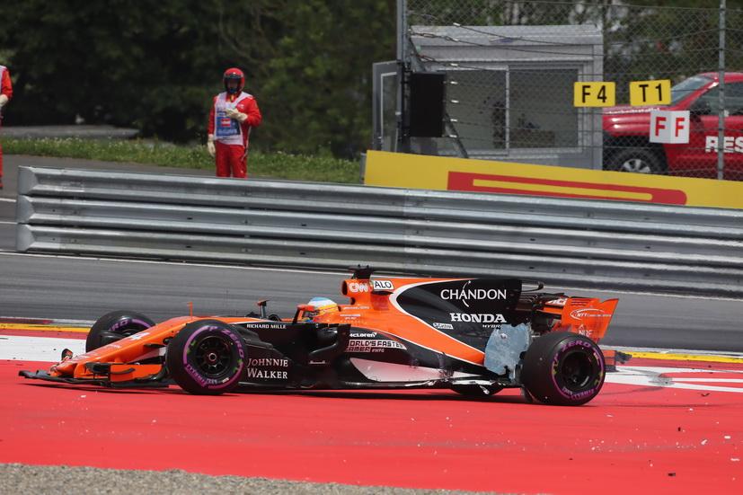 GP de Gran Bretaña de F1: Alonso retrocederá 5 puestos en la parrilla, por el momento
