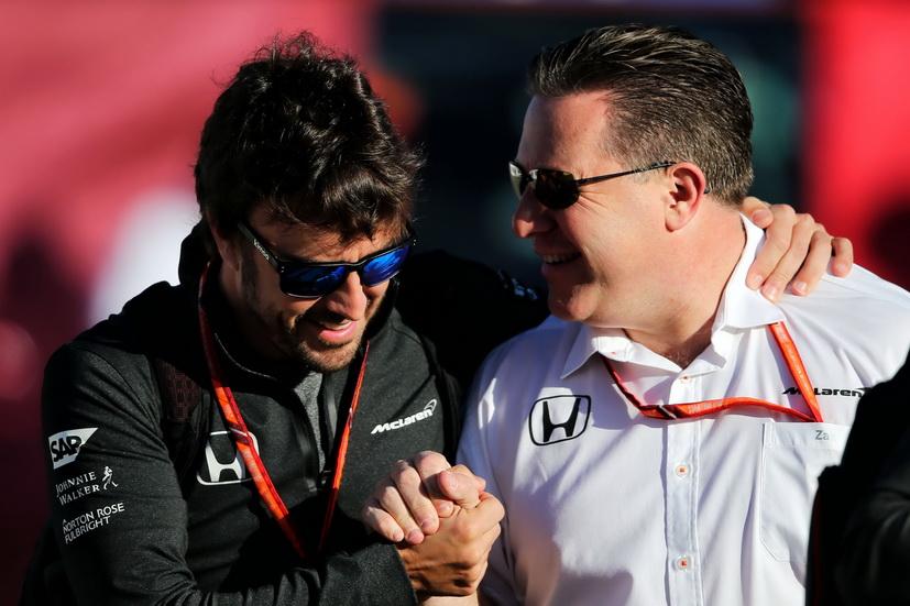 GP de Gran Bretaña de F1: Alonso podría seguir con McLaren en 2018