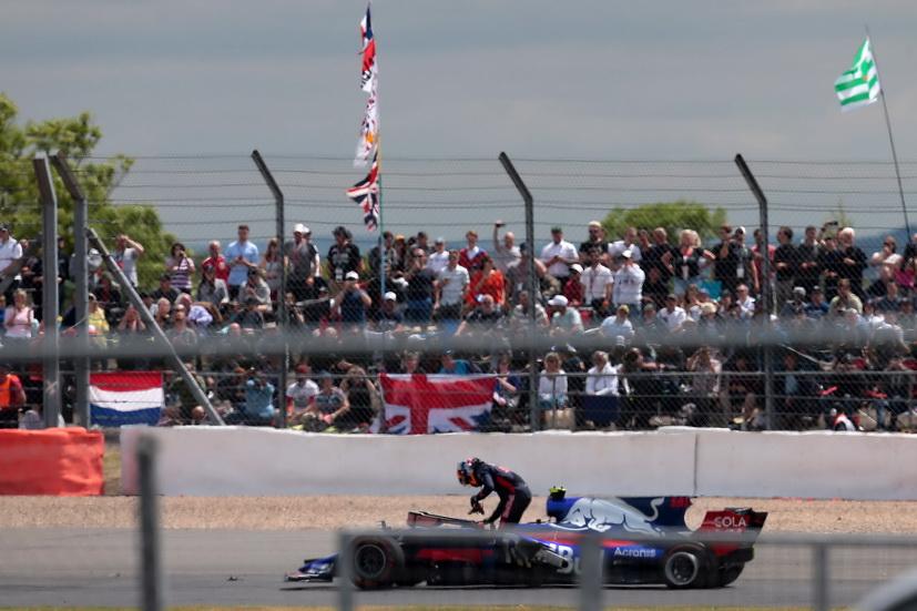 GP de Gran Bretaña de F1: Sainz abandona empujado por su compañero de equipo