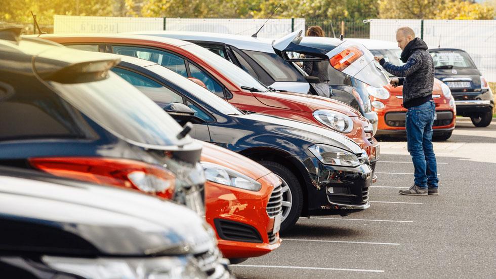 Crece la venta de coches usados en España