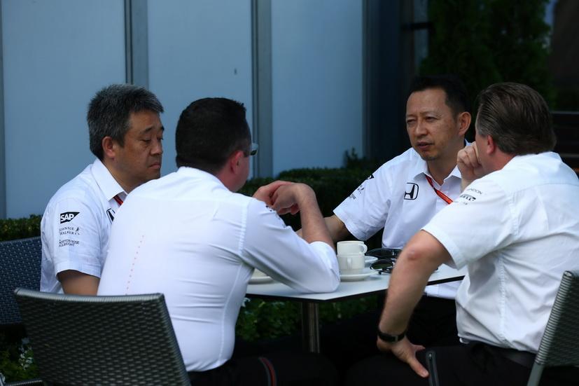 Honda y McLaren, condenados a entenderse