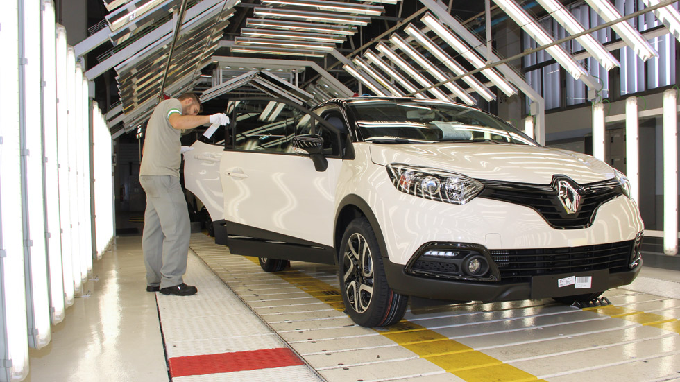 Así se podrían crear 80.000 empleos más en el sector del automóvil