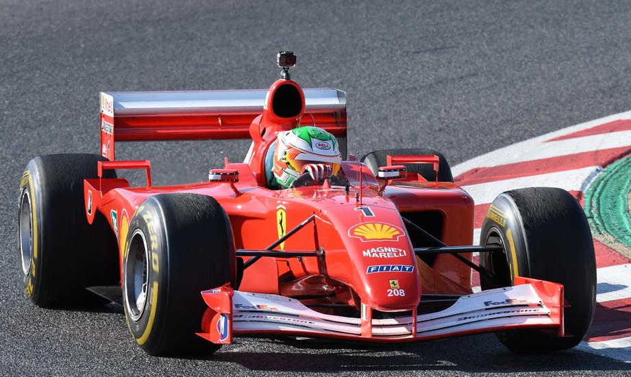 El motor Ferrari V10 de Schumacher de 2001 ruge de nuevo en Montmeló (vídeo)