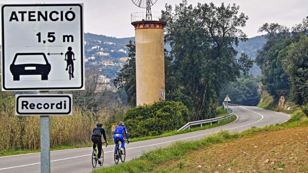Conductores y ciclistas, por la mejor convivencia: 15 consejos