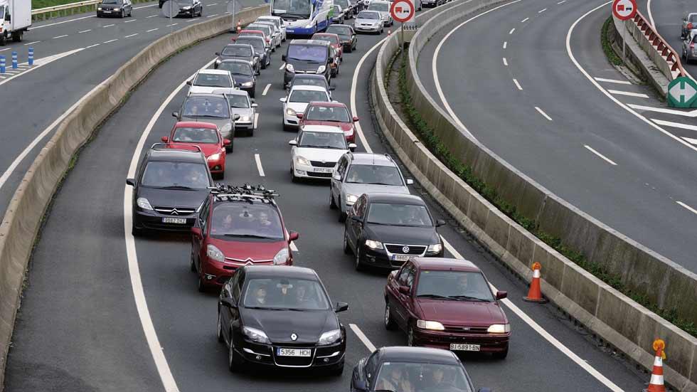 Las carreteras en agosto registrarán más de 45 millones de desplazamientos
