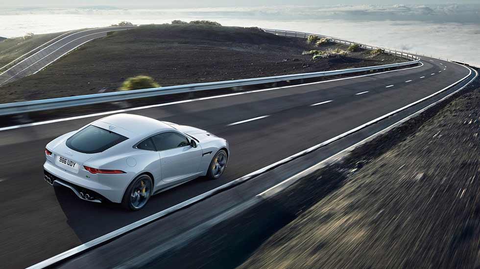 Jaguar F-Type 2018: con nuevo motor de gasolina de 300 CV