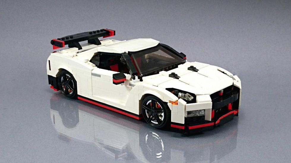 Nissan GT-R Nismo con piezas de Lego: ¡qué juguete!