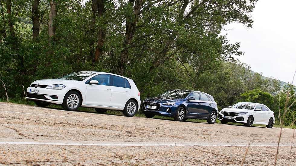VW Golf, Hyundai i30 y Honda Civic. ¿Cuál es el mejor compacto de gasolina?