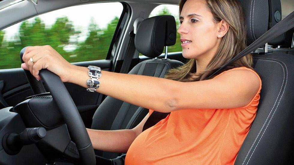 Embarazadas al volante: lo que no debes hacer