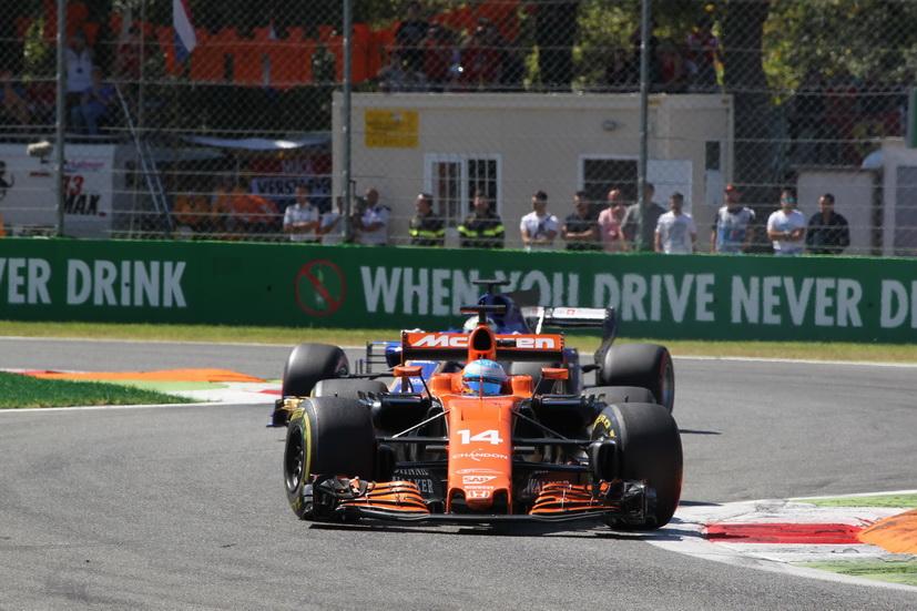 "GP de Italia: ""Esta vez la FIA estaría tomando una Heineken"", comentó Alonso"