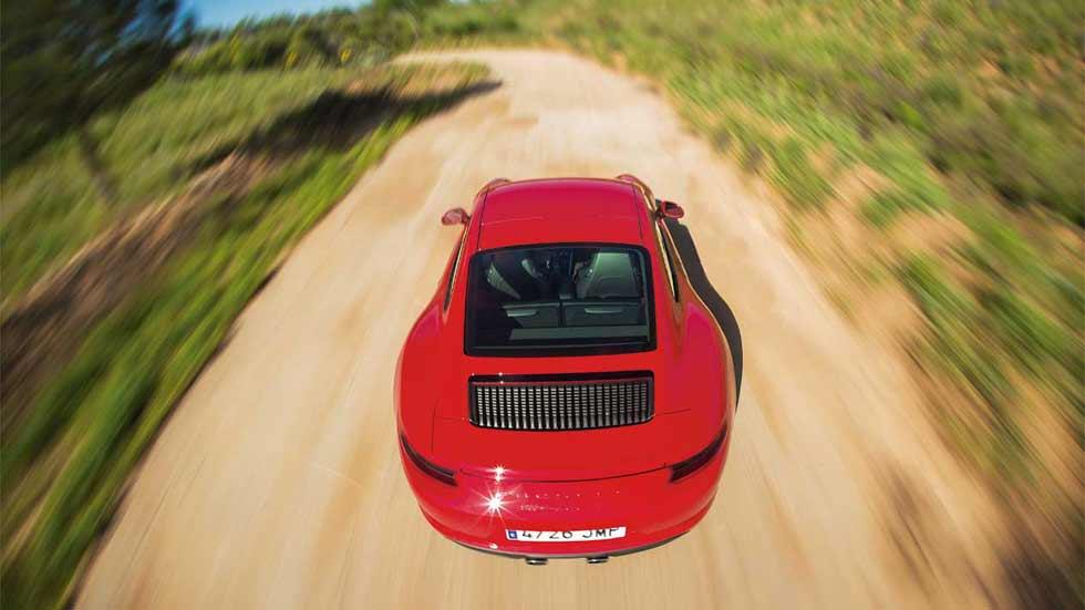 Duda: ¿cómo pararías un coche con el acelerador bloqueado?