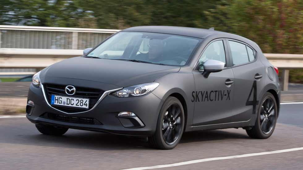 Mazda Skyactiv-X: probamos el gasolina que funciona como un Diesel