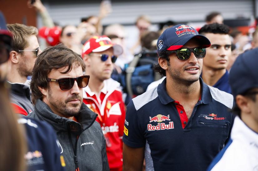 GP de Singapur: tensa espera por saber el futuro de McLaren, Alonso y Sainz